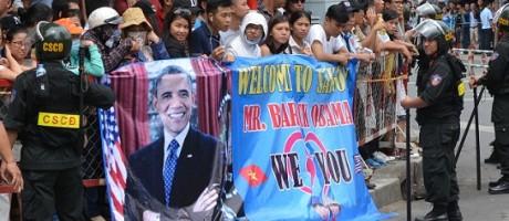 Obama lifts U.S. Vietnam arms embargo