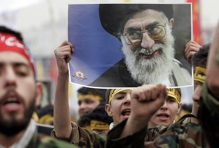US sanctions Ayatollah Khamenei, 'closing door to diplomatic solution'
