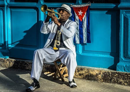 US adds further restrictions to Cuba travel