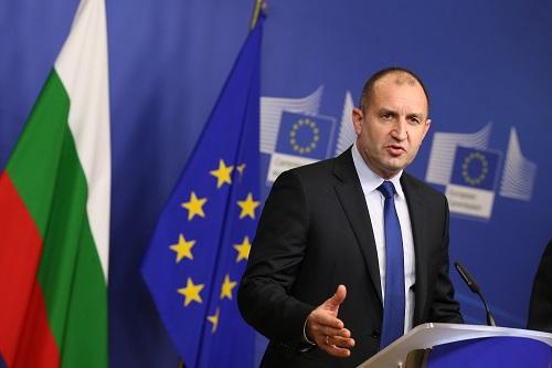 Bulgarian president blocks anti-corruption bill